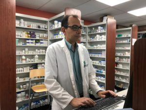 Valley Way Pharmacy in Niagara Falls, pharmacist